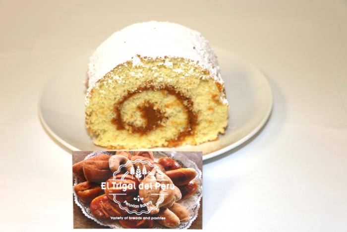 Cake Roll with Dulce de Leche