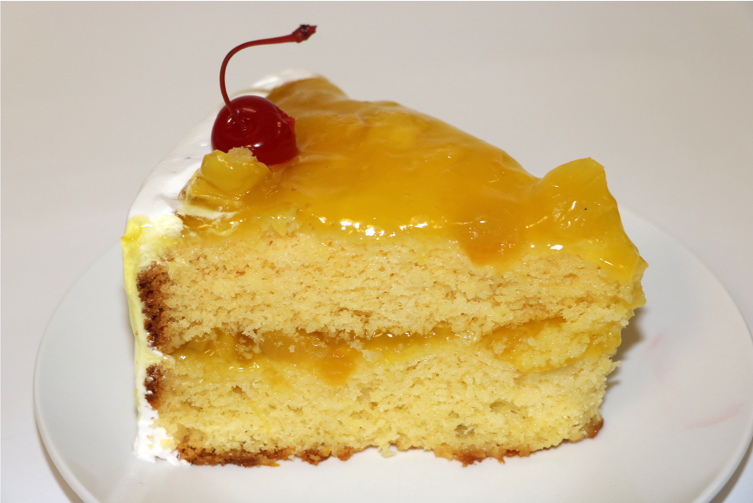Cake with Pineapple topping
